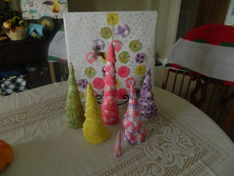 Christmas Craft: Cupcake Liners Trees