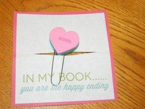 Frugal Valentine's Craft: Valentine Bookmark