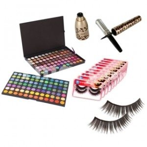 Holiday Gift Guide: Eye shadow Palette Eyelash Liner Makeup Kit