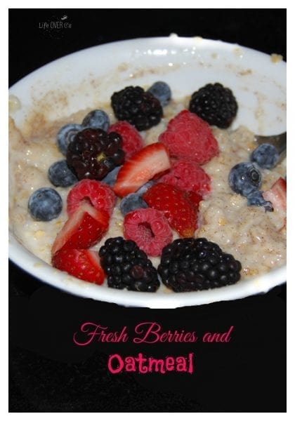 fresh-berries-and-oatmeal-pin