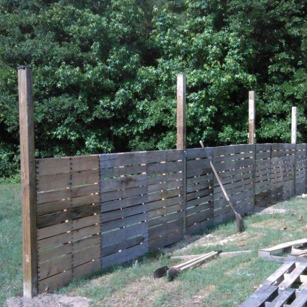 pallet-fence-600x600