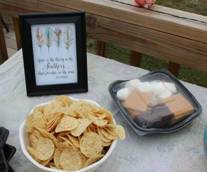How to Make A S'mores Kit Using Recycled Items #ChickfilAMomsDIY