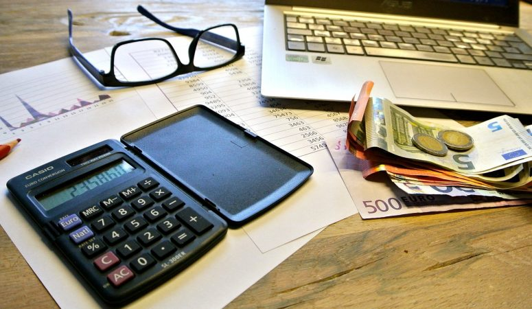 Cash Strapped Solutions: Modern Ways to Make a Little Extra Money From Home