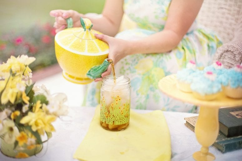 Simple Ways To Throw a Chic Party on a Budget