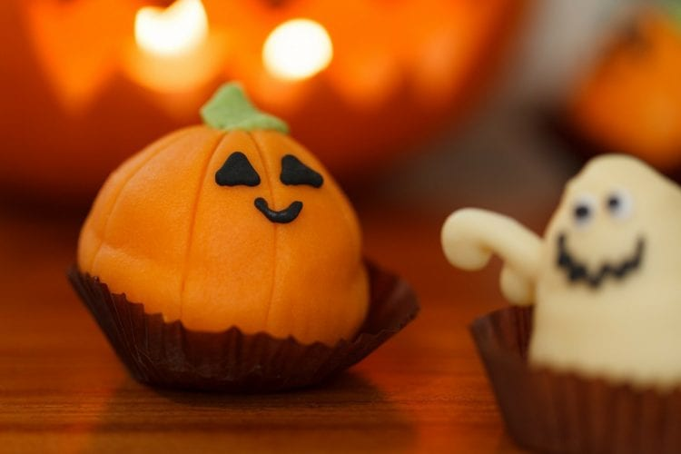 Fun Family Projects for a Budget-Friendly Halloween Party