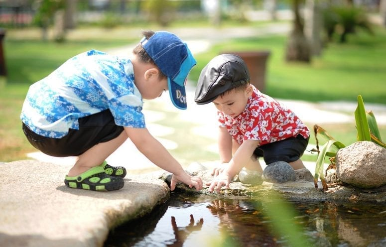 Kidstuff: Why You Should Let Your Child Role Play