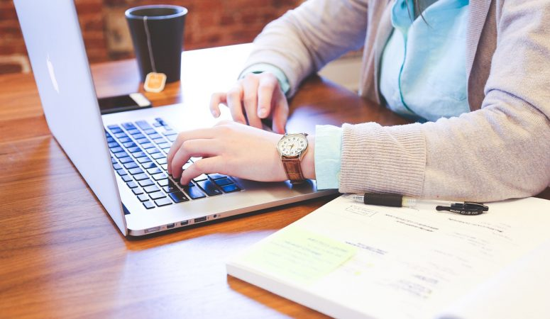 Examining The Enormous Benefits Of Outsourcing Essay Writing