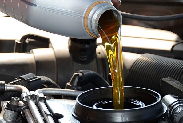 engine-oil-change Save Decent Cash by Following These Car Tips and Tricks