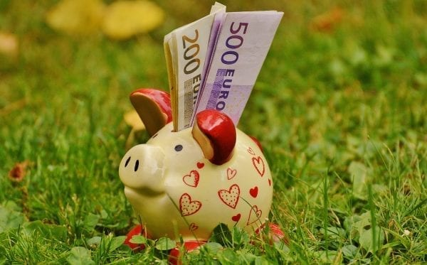 piggy-bank Save Decent Cash by Following These Car Tips and Tricks