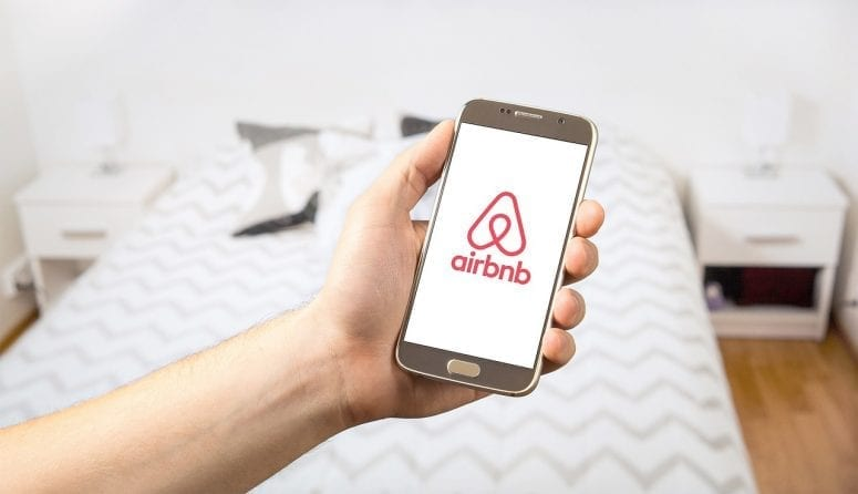 Hypoallergenic Cleaning Tips for Airbnb Rentals